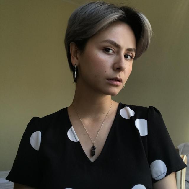 Саша Акманова